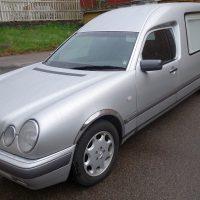 Mercedes E290 Begravningsbil ÅM 1998