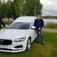 Edbergs Begravningsbyrå blir först ut att äga en Nilsson V90 Begravningsbil