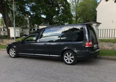 Beg. Nilsson V70 3-D begravningsbil