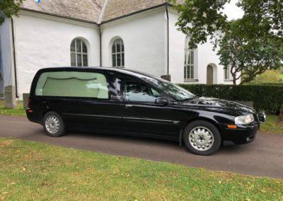 2003 S80 2,4d begravningsbil